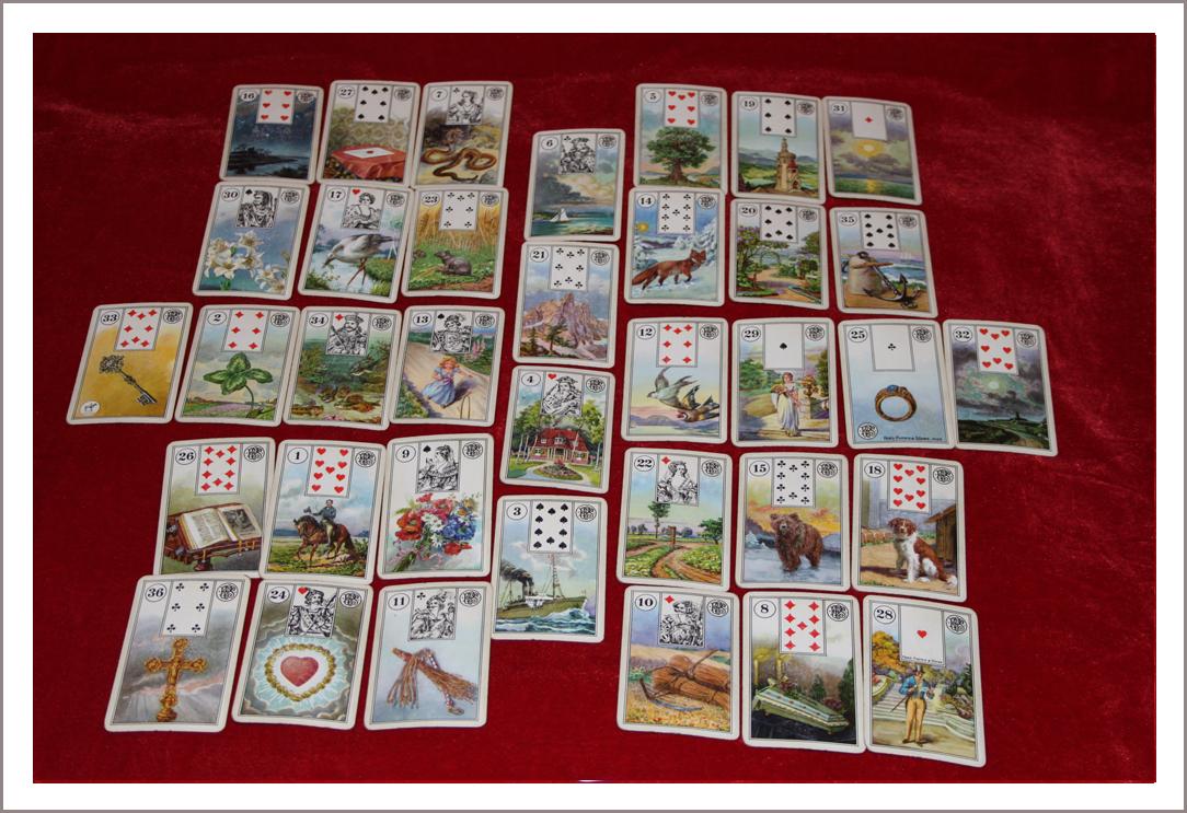 Гадание на игральных картах Ворожея!